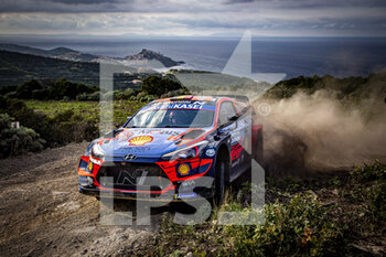 10/10/2020 - 11 NEUVILLE Thierry (BEL), GILSOUL Nicolas (BEL), Hyundai i20 Coupe WRC, Hyundai Shell Mobis WRT, action during the 2020 Rally Italia Sardegna, 6th round of the 2020 FIA WRC Championship from October 8 to 11, 2020 at Alghero, Sardegna in Italy - Photo Paulo Maria / DPPI - RALLY DI SARDEGNA - 6TH ROUND OF THE 2020 FIA WRC CHAMPIONSHIP  - RALLY - MOTORI