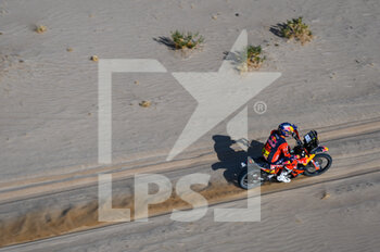 06/01/2021 - #03 Price Toby (aus), KTM, Red Bull KTM Factory Team, Moto, Bike, action during the 4th stage of the Dakar 2021 between Wadi Al Dawasir and Riyadh, in Saudi Arabia on January 6, 2021 - Photo Eric Vargiolu / DPPI - DAKAR 2021 - 4TH STAGE - WADI AL DAWASIR - RIYADH - RALLY - MOTORI
