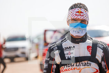 06/01/2021 - Despres Cyril (fra), Peugeot, PH Sport, Abu Dhabi Racing, Auto, portrait during the 4th stage of the Dakar 2021 between Wadi Al Dawasir and Riyadh, in Saudi Arabia on January 6, 2021 - Photo Florent Gooden / DPPI - DAKAR 2021 - 4TH STAGE - WADI AL DAWASIR - RIYADH - RALLY - MOTORI
