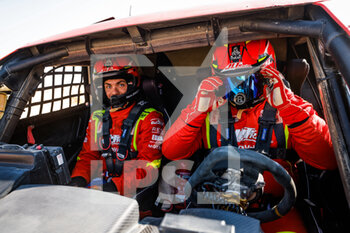 06/01/2021 - 397 Pisson Jean-Luc (fra), Sarreau Valentin (fra), PH Sport, JLT Racing, Light Weight Vehicles Prototype - T3, atmosphere during the 4th stage of the Dakar 2021 between Wadi Al Dawasir and Riyadh, in Saudi Arabia on January 6, 2021 - Photo Florent Gooden / DPPI - DAKAR 2021 - 4TH STAGE - WADI AL DAWASIR - RIYADH - RALLY - MOTORI