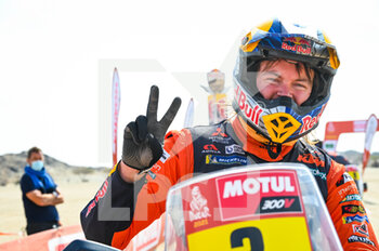06/01/2021 - Price Toby (aus), KTM, Red Bull KTM Factory Team, Moto, Bike, portrait during the 4th stage of the Dakar 2021 between Wadi Al Dawasir and Riyadh, in Saudi Arabia on January 6, 2021 - Photo Eric Vargiolu / DPPI - DAKAR 2021 - 4TH STAGE - WADI AL DAWASIR - RIYADH - RALLY - MOTORI