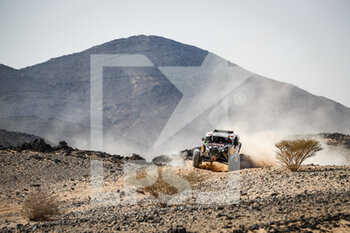 06/01/2021 - 401 Lopez Contardo Francisco (chl), Latrach Vinagre Juan Pablo (chl), Can-Am, South Racing Can-Am, Motul, SSV Series - T4, action during the 4th stage of the Dakar 2021 between Wadi Al Dawasir and Riyadh, in Saudi Arabia on January 6, 2021 - Photo Antonin Vincent / DPPI - DAKAR 2021 - 4TH STAGE - WADI AL DAWASIR - RIYADH - RALLY - MOTORI