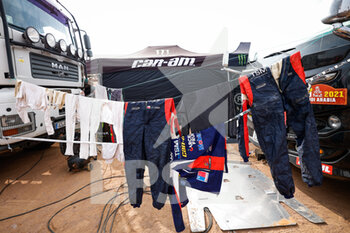 09/01/2021 - Latrach Vinagre Juan Pablo (chl), Can-Am, Motul, South Racing Can-Am, SSV Series - T4, race suit during the Rest Day of the Dakar 2021 in Ha'il, in Saudi Arabia on January 9, 2021 - Photo Frédéric Le Floc'h / DPPI - DAKAR 2021 - REST DAY - RALLY - MOTORI