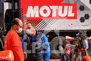 09/01/2021 - Motul, ASO Staff, portrait during the Rest Day of the Dakar 2021 in Ha'il, in Saudi Arabia on January 9, 2021 - Photo Frédéric Le Floc'h / DPPI - DAKAR 2021 - REST DAY - RALLY - MOTORI