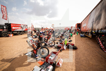 09/01/2021 - Original by motul bivouac during the Rest Day of the Dakar 2021 in Ha'il, in Saudi Arabia on January 9, 2021 - Photo Frédéric Le Floc'h / DPPI - DAKAR 2021 - REST DAY - RALLY - MOTORI