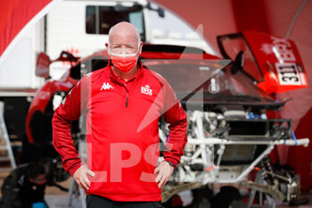 09/01/2021 - Howarth Paul, BRX Bahrain Raid Xtrem Team principal, portrait during the Rest Day of the Dakar 2021 in Ha'il, in Saudi Arabia on January 9, 2021 - Photo Antonin Vincent / DPPI - DAKAR 2021 - REST DAY - RALLY - MOTORI