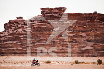 13/01/2021 - 47 Benavides Kevin (arg), Honda, Monster Energy Honda Team 2021, Motul, Moto, Bike, action during the 10th stage of the Dakar 2021 between Neom and Al-Ula, in Saudi Arabia on January 13, 2021 - Photo Antonin Vincent / DPPI - 10TH STAGE OF THE DAKAR 2021 BETWEEN NEOM AND ALULA - RALLY - MOTORI
