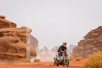 13/01/2021 - 54 Chapeliere Camille (fra), KTM, Team Baines Rally, Moto, Bike, action during the 10th stage of the Dakar 2021 between Neom and Al-?Ula, in Saudi Arabia on January 13, 2021 - Photo Frédéric Le Floc'h / DPPI - 10TH STAGE OF THE DAKAR 2021 BETWEEN NEOM AND ALULA - RALLY - MOTORI
