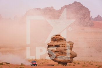 13/01/2021 - 504 Loprais Ales (cze), Pokora Petr (cze), Alkendi Khalid (are), Praga, Instaforex Loprais Praga, Camion, Truck, action during the 10th stage of the Dakar 2021 between Neom and Al-Ula, in Saudi Arabia on January 13, 2021 - Photo Antonin Vincent / DPPI - 10TH STAGE OF THE DAKAR 2021 BETWEEN NEOM AND ALULA - RALLY - MOTORI
