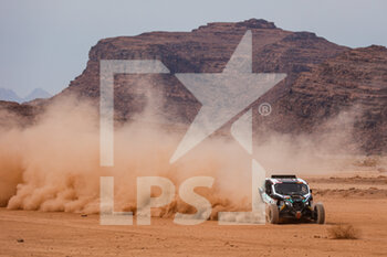 13/01/2021 - 445 Almouri Saeed (sau), Lafuente Sergio (uru), Can-Am, South Racing Can-Am, SSV Series - T4, action during the 10th stage of the Dakar 2021 between Neom and Al-Ula, in Saudi Arabia on January 13, 2021 - Photo Florent Gooden / DPPI - 10TH STAGE OF THE DAKAR 2021 BETWEEN NEOM AND ALULA - RALLY - MOTORI