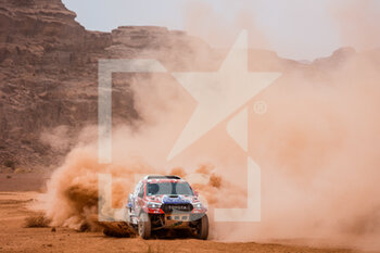 13/01/2021 - 338 Ourednicek Tomas (cze), Kripal David (cze), Toyota, Ultimate Dakar, Auto, action during the 10th stage of the Dakar 2021 between Neom and Al-Ula, in Saudi Arabia on January 13, 2021 - Photo Florent Gooden / DPPI - 10TH STAGE OF THE DAKAR 2021 BETWEEN NEOM AND ALULA - RALLY - MOTORI