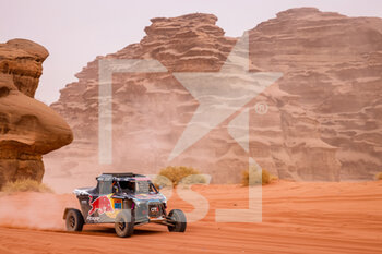 13/01/2021 - 383 Quintero Seth (usa), Zenz Dennis (deu), OT3, Red Bull Off-Road Team USA, Light Weight Vehicles Prototype - T3, action during the 10th stage of the Dakar 2021 between Neom and Al-?Ula, in Saudi Arabia on January 13, 2021 - Photo Frédéric Le Floc'h / DPPI - 10TH STAGE OF THE DAKAR 2021 BETWEEN NEOM AND ALULA - RALLY - MOTORI