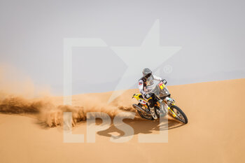 13/01/2021 - 02 Quintanilla Pablo (chl), Husqvarna, Rockstar Energy Husqvarna Factory Racing, Moto, Bike, action during the 11th stage of the Dakar 2021 between Al-'Ula and Yanbu, in Saudi Arabia on January 14, 2021 - Photo Frédéric Le Floc'h / DPPI - 10TH STAGE OF THE DAKAR 2021 BETWEEN NEOM AND ALULA - RALLY - MOTORI