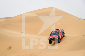 13/01/2021 - 307 Przygonski Jakub (pol), Gottschalk Timo (deu), Toyota, Overdrive Toyota, Auto, action during the 11th stage of the Dakar 2021 between Al-Ula and Yanbu, in Saudi Arabia on January 14, 2021 - Photo Antonin Vincent / DPPI - 10TH STAGE OF THE DAKAR 2021 BETWEEN NEOM AND ALULA - RALLY - MOTORI