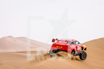13/01/2021 - 311 Roma Nani (esp), Winocq Alexandre (fra), Hunter, Bahrain Raid Xtreme, BRX, Auto, action during the 11th stage of the Dakar 2021 between Al-'Ula and Yanbu, in Saudi Arabia on January 14, 2021 - Photo Frédéric Le Floc'h / DPPI - 10TH STAGE OF THE DAKAR 2021 BETWEEN NEOM AND ALULA - RALLY - MOTORI