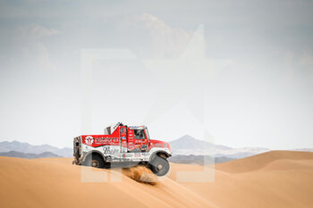 13/01/2021 - 504 Loprais Ales (cze), Pokora Petr (cze), Alkendi Khalid (are), Praga, Instaforex Loprais Praga, Camion, Truck, action during the 11th stage of the Dakar 2021 between Al-Ula and Yanbu, in Saudi Arabia on January 14, 2021 - Photo Antonin Vincent / DPPI - 10TH STAGE OF THE DAKAR 2021 BETWEEN NEOM AND ALULA - RALLY - MOTORI