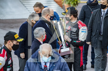 24/01/2021 - Sebastien OGIER (FRA), Julien INGRASSIA (FRA), TOYOTA GAZOO RACING WRT, TOYOTA Yaris WRC, Son Altesse Sérénissime le prince souverain Albert de Monaco ambiance, podium, portrait, during the 2021 WRC World Rally Car Championship, Monte Carlo rally on January 20 to 24, 2021 at Monaco - Photo Grégory Lenormand / DPPI - 2021 WRC WORLD RALLY CAR CHAMPIONSHIP, MONTE CARLO - SUNDAY - RALLY - MOTORI