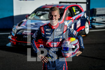 11/09/2020 - Engstler Luca (deu), Engstler Hyundai N Liqui Moly Racing Team, Hyundai i30 N TCR, portrait during the 2020 FIA WTCR Race of Belgium, 1st round of the 2020 FIA World Touring Car Cup, on the Circuit Zolder, from September 11 to 13, 2020 in Zolder, Belgium - Photo Paulo Maria / DPPI - FIA WORLD TOURING CAR CUP 2020 - BELGIO - TURISMO E GRAN TURISMO - MOTORI