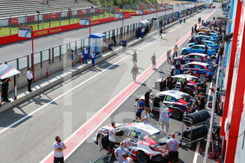 11/09/2020 - pitlane, during the 2020 FIA WTCR Race of Belgium, 1st round of the 2020 FIA World Touring Car Cup, on the Circuit Zolder, from September 11 to 13, 2020 in Zolder, Belgium - Photo Fr.d.ric Le Floc'h / DPPI - FIA WORLD TOURING CAR CUP 2020 - BELGIO - TURISMO E GRAN TURISMO - MOTORI