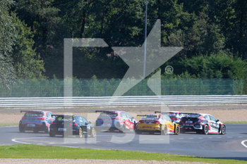 11/09/2020 - 33 O'Keeffe Daryl (aus), Vukovic Motorsport, Renault Megane RS, action , start of the race, depart, during the 2020 FIA WTCR Race of Belgium, 1st round of the 2020 FIA World Touring Car Cup, on the Circuit Zolder, from September 11 to 13, 2020 in Zolder, Belgium - Photo Fr - FIA WORLD TOURING CAR CUP 2020 - BELGIO - TURISMO E GRAN TURISMO - MOTORI