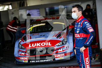 10/10/2020 - Michelisz Norbert (hun), BRC Hyundai N LUKOIL Squadra Corse, Hyundai i30 N TCR, portrait during the 2020 FIA WTCR Race of Slovakia, 3rd round of the 2020 FIA World Touring Car Cup, on the Automotodrom Slovakia Ring, from October 9 to 11, 2020 in Orechova Poton, Slovakia - Photo Florent Gooden / DPPI - 2020 FIA WTCR RACE OF SLOVAKIA, 3RD ROUND OF THE WORLD TOURING CAR CUP - TURISMO E GRAN TURISMO - MOTORI