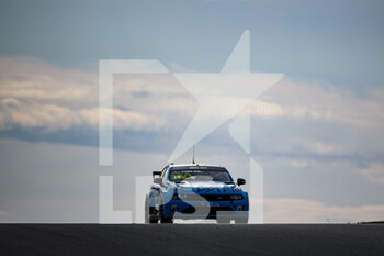 10/10/2020 - 100 Muller Yvan (fra), Cyan Performance Lynk and Co, Lynk and Co 03 TCR, action during the 2020 FIA WTCR Race of Slovakia, 3rd round of the 2020 FIA World Touring Car Cup, on the Automotodrom Slovakia Ring, from October 9 to 11, 2020 in Orechova Poton, Slovakia - Photo Florent Gooden / DPPI - 2020 FIA WTCR RACE OF SLOVAKIA, 3RD ROUND OF THE WORLD TOURING CAR CUP - TURISMO E GRAN TURISMO - MOTORI