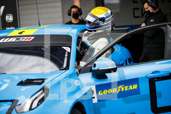10/10/2020 - Urrutia Santiago (usa), Cyan Performance Lynk and Co, Lynk and Co 03 TCR, portrait during the 2020 FIA WTCR Race of Slovakia, 3rd round of the 2020 FIA World Touring Car Cup, on the Automotodrom Slovakia Ring, from October 9 to 11, 2020 in Orechova Poton, Slovakia - Photo Florent Gooden / DPPI - 2020 FIA WTCR RACE OF SLOVAKIA, 3RD ROUND OF THE WORLD TOURING CAR CUP - TURISMO E GRAN TURISMO - MOTORI