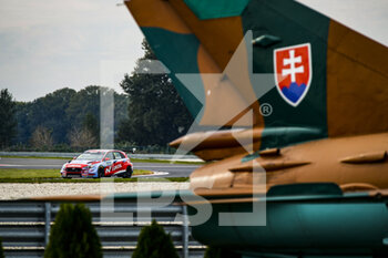 10/10/2020 - 01 Michelisz Norbert (hun), BRC Hyundai N LUKOIL Squadra Corse, Hyundai i30 N TCR, action during the 2020 FIA WTCR Race of Slovakia, 3rd round of the 2020 FIA World Touring Car Cup, on the Automotodrom Slovakia Ring, from October 9 to 11, 2020 in Orechova Poton, Slovakia - Photo Florent Gooden / DPPI - 2020 FIA WTCR RACE OF SLOVAKIA, 3RD ROUND OF THE WORLD TOURING CAR CUP - TURISMO E GRAN TURISMO - MOTORI