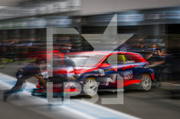 10/10/2020 - 08 Engstler Luca (deu), Engstler Hyundai N Liqui Moly Racing Team, Hyundai i30 N TCR, action during the 2020 FIA WTCR Race of Slovakia, 3rd round of the 2020 FIA World Touring Car Cup, on the Automotodrom Slovakia Ring, from October 9 to 11, 2020 in Orechova Poton, Slovakia - Photo Florent Gooden / DPPI - 2020 FIA WTCR RACE OF SLOVAKIA, 3RD ROUND OF THE WORLD TOURING CAR CUP - TURISMO E GRAN TURISMO - MOTORI