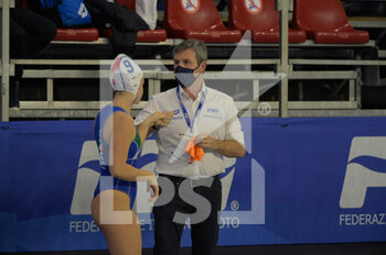 22/01/2021 - ZIZZA Paolo [ROLE: Team Head Coach] (Italy) - 9 GIUSTINI Sofia [ROLE: Wing] (Italy)  - WOMEN'S WATERPOLO OLYMPIC GAME QUALIFICATION TOURNAMENT 2021 - ITALY VS ISRAEL - TORNEO OLIMPICO - PALLANUOTO