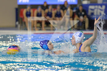 22/01/2021 - 11 HOCHBERG Nofar [ROLE: Wing] (Israel) vs 9 GIUSTINI Sofia [ROLE: Wing] (Italy)  - WOMEN'S WATERPOLO OLYMPIC GAME QUALIFICATION TOURNAMENT 2021 - ITALY VS ISRAEL - TORNEO OLIMPICO - PALLANUOTO