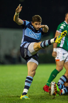 08/09/2018 - un calcio nel box da parte di Lloyd Williams - BENETTON TREVISO VS CARDIFF BLUES - GUINNESS PRO 14 - RUGBY