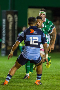 Monty Ioane affronta Willis Halaholo - Benetton Treviso Vs Cardiff Blues - GUINNESS PRO 14 - RUGBY