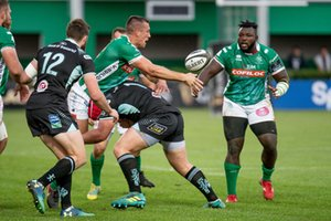Alberto Sgarbi passaggio a Derrick Appiah - Benetton Treviso vs Ulster Rugby - GUINNESS PRO 14 - RUGBY