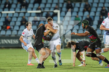 02/10/2020 - Jarrod Evans (Cardiff) carries the ball - ZEBRE VS CARDIFF BLUES - GUINNESS PRO 14 - RUGBY