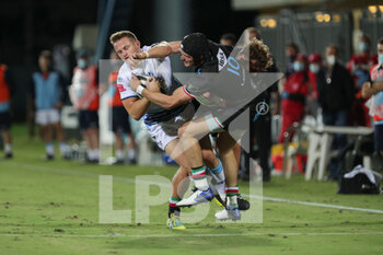 02/10/2020 - Carlo Canna (Zebre) tackles Hallam Amos (Cardiff) - ZEBRE VS CARDIFF BLUES - GUINNESS PRO 14 - RUGBY