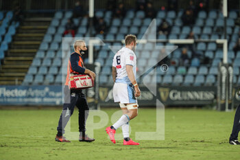 02/10/2020 - Josh Turnbull (Cardiff) is being sent off with a red card - ZEBRE VS CARDIFF BLUES - GUINNESS PRO 14 - RUGBY