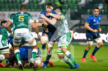 10/10/2020 - Ryan Baird (Leinster) tackled by Sebastian Negri (Treviso) - BENETTON TREVISO VS LEINSTER RUGBY - GUINNESS PRO 14 - RUGBY