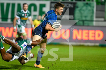 10/10/2020 - Garry Ringrose (Leinster) carries the ball - BENETTON TREVISO VS LEINSTER RUGBY - GUINNESS PRO 14 - RUGBY