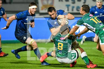 10/10/2020 - Jack Conan (Leinster) in action tackled by Toa Halafihi (Treviso) - BENETTON TREVISO VS LEINSTER RUGBY - GUINNESS PRO 14 - RUGBY