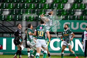 29/11/2020 - Jayden Hayward (Benetton Treviso) catches the ball - BENETTON VS DRAGONS - GUINNESS PRO 14 - RUGBY
