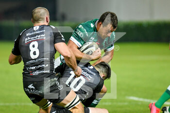 29/11/2020 - Alberto Sgarbi (Benetton Treviso) tackled by Sam Davies (Dragons) - BENETTON VS DRAGONS - GUINNESS PRO 14 - RUGBY