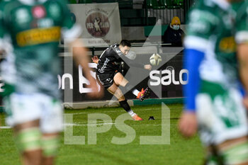 29/11/2020 - Sam Davies (Dragons) scores a penalty kick - BENETTON VS DRAGONS - GUINNESS PRO 14 - RUGBY