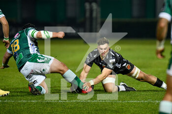 29/11/2020 - Zac Nearchou (Benetton Treviso) tackled by Taine Basham (Dragons) - BENETTON VS DRAGONS - GUINNESS PRO 14 - RUGBY