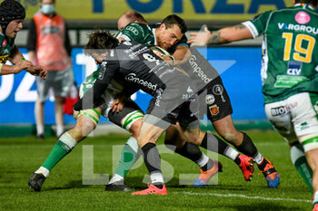 29/11/2020 - Alberto Sgarbi (Benetton Treviso) tackled by Rhodri Williams (Dragons) - BENETTON VS DRAGONS - GUINNESS PRO 14 - RUGBY