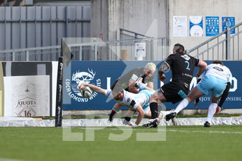 06/03/2021 - Cole Forbes (Glasgow) is tackled before the try line - ZEBRE VS GLASGOW WARRIORS - GUINNESS PRO 14 - RUGBY