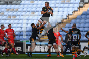 09/09/2020 - Wasps lock Joe Launchbury (4) takes a high ball during the English championship Gallagher Premiership Rugby Union match between Wasps and Leicester Tigers on September 9, 2020 at the Ricoh Arena in Coventry, England - Photo Dennis Goodwin / ProSportsImages / DPPI - WASPS VS LEICESTER TIGERS - PREMERSHIP RUGBY UNION - RUGBY