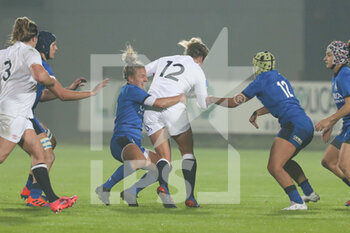 01/11/2020 - Italy fly half Veronica Madia tackles the inside centre Amber Reed (England) - SEI NAZIONI FEMMINILE 2020 - ITALIA VS INGHILTERRA - 6 NAZIONI - RUGBY