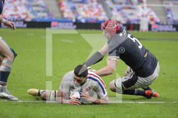 26/03/2021 - Swan REBBADJ (FRA) scored a try, Grant Gilchrist (SCO) during the 2021 Six Nations, rugby union match between France and Scotland on March 26, 2021 at Stade de France in Saint-Denis near Paris, France - Photo Stephane Allaman / DPPI - 2021 GUINNESS SIX NATIONS RUGBY - FRANCE VS SCOTLAND - 6 NAZIONI - RUGBY