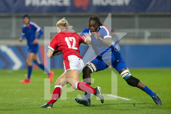 03/04/2021 - Kerin Lake of France and Coumba Diallo of France during the 2021 Women's Six Nations, rugby union match between France and Wales on April 3, 2021 at La Rabine stadium in Vannes, France - Photo Damien Kilani / DK Prod / DPPI - SEI NAZIONI FEMMINILE 2021 - FRANCIA VS GALLES - 6 NAZIONI - RUGBY
